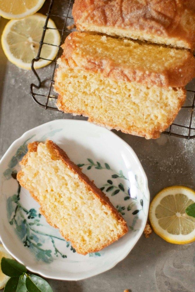 FOOLPROOF LEMON CAKE